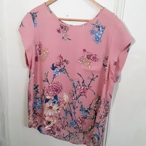 Lily White Pink Floral Short Sleeve Garden blouse